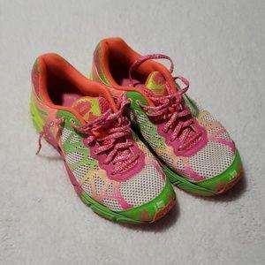Bright running Asics